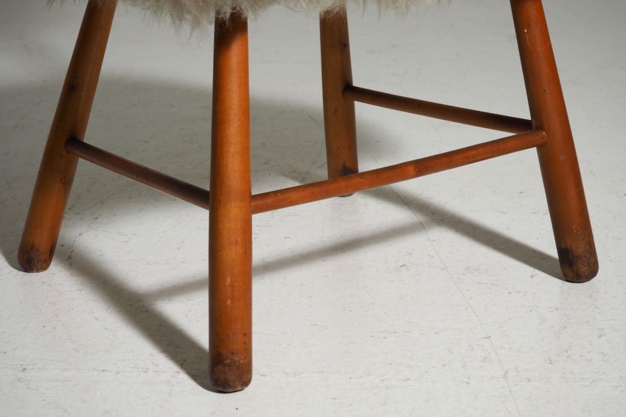 d nischer stuhl aus buche lammwolle 1960er bei pamono. Black Bedroom Furniture Sets. Home Design Ideas