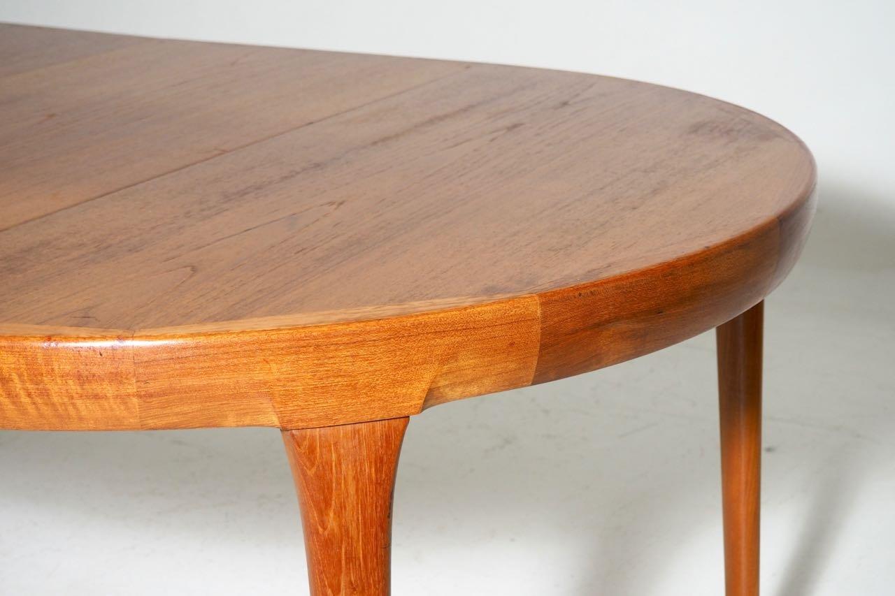 Runder teak tisch mit 2 ausziehbaren tischplatten von ib for Runder tisch wohnzimmer