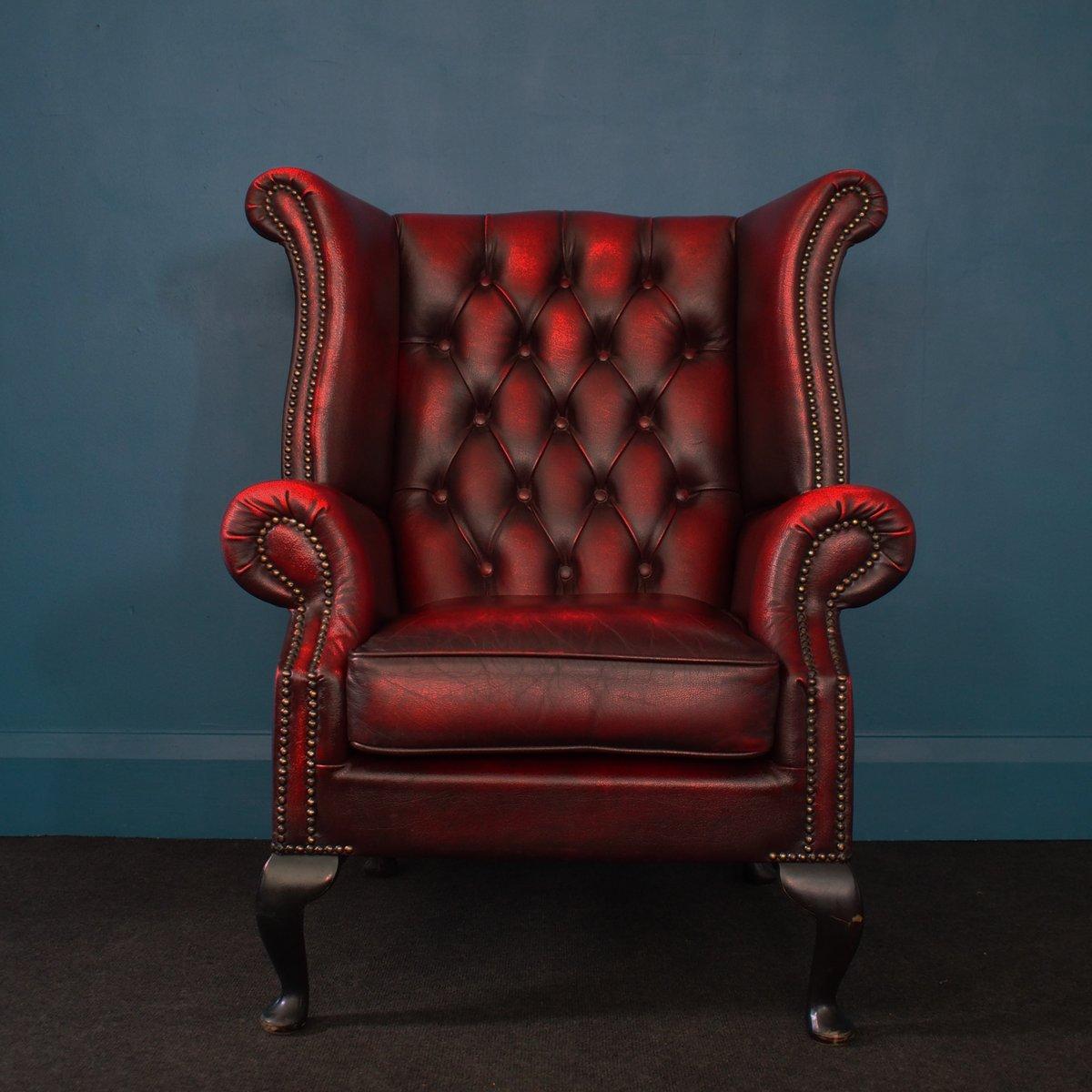 britischer oxblood chesterfield ohrensessel aus leder 1980er bei pamono kaufen. Black Bedroom Furniture Sets. Home Design Ideas