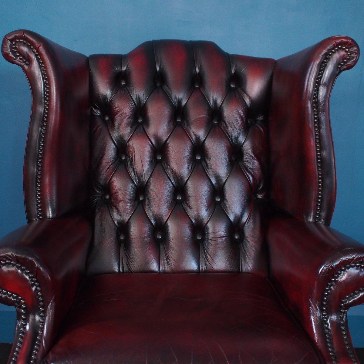 fauteuil chesterfield oreilles vintage en cuir lie de vin angleterre 1980s en vente sur pamono. Black Bedroom Furniture Sets. Home Design Ideas