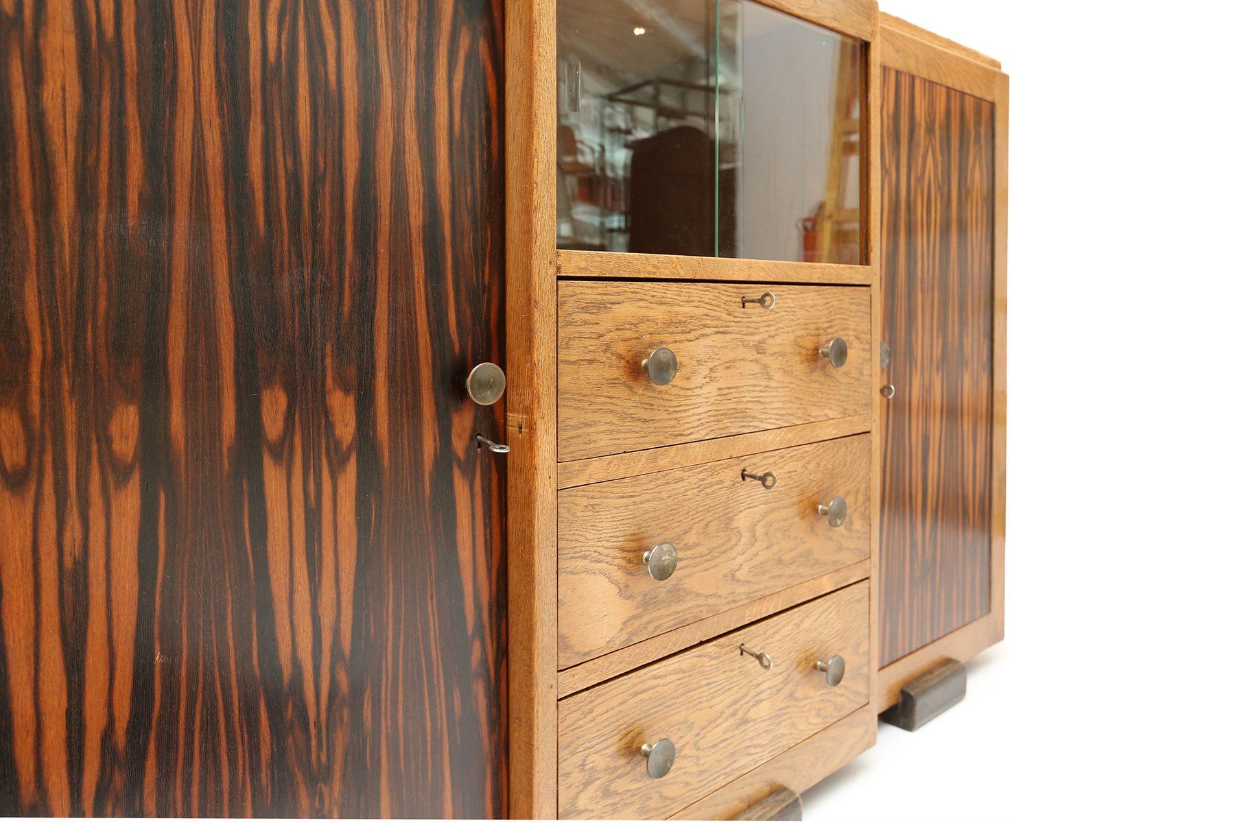 vintage schrank im amsterdam school stil bei pamono kaufen. Black Bedroom Furniture Sets. Home Design Ideas