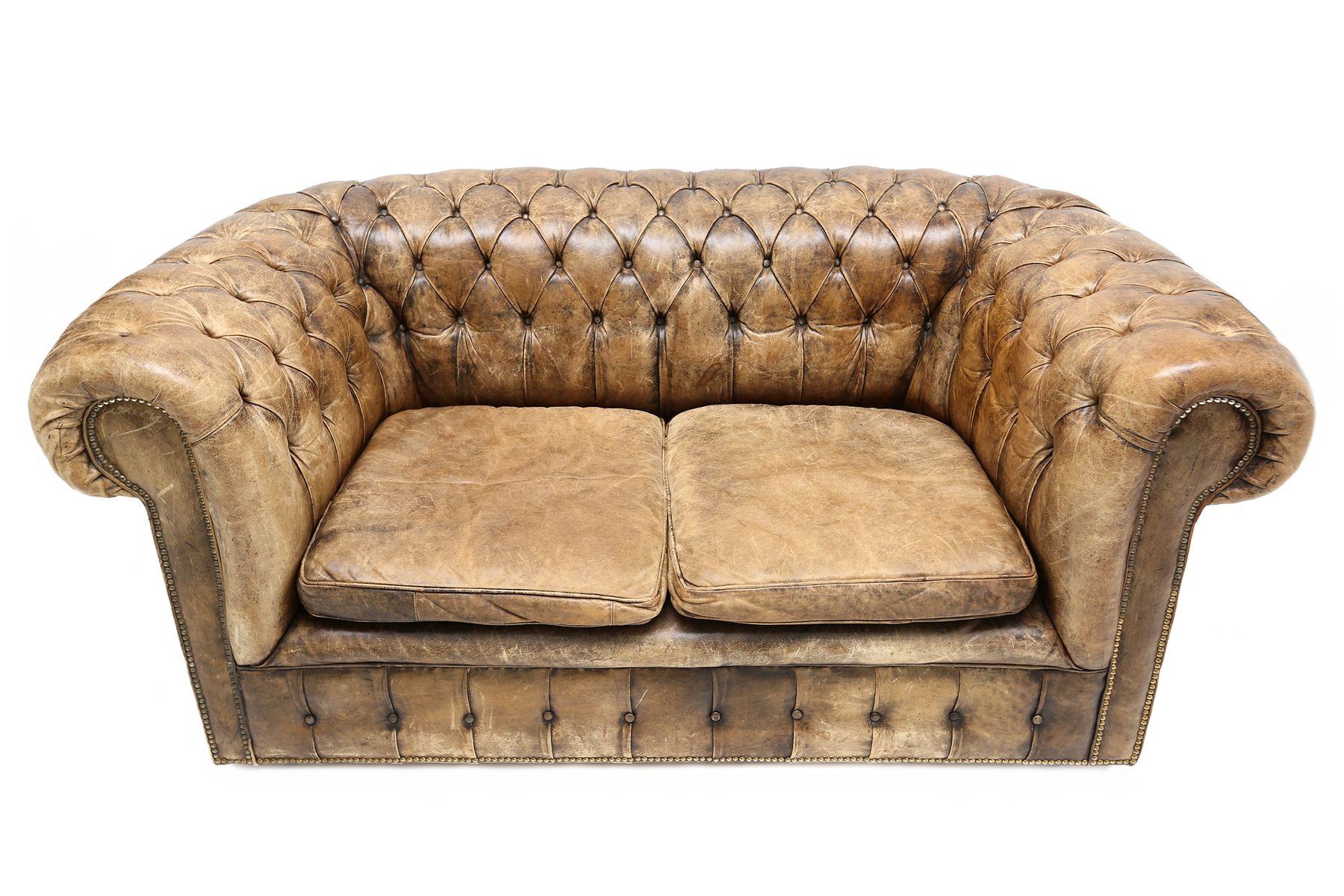 canap chesterfield vintage angleterre 1940s en vente sur pamono. Black Bedroom Furniture Sets. Home Design Ideas
