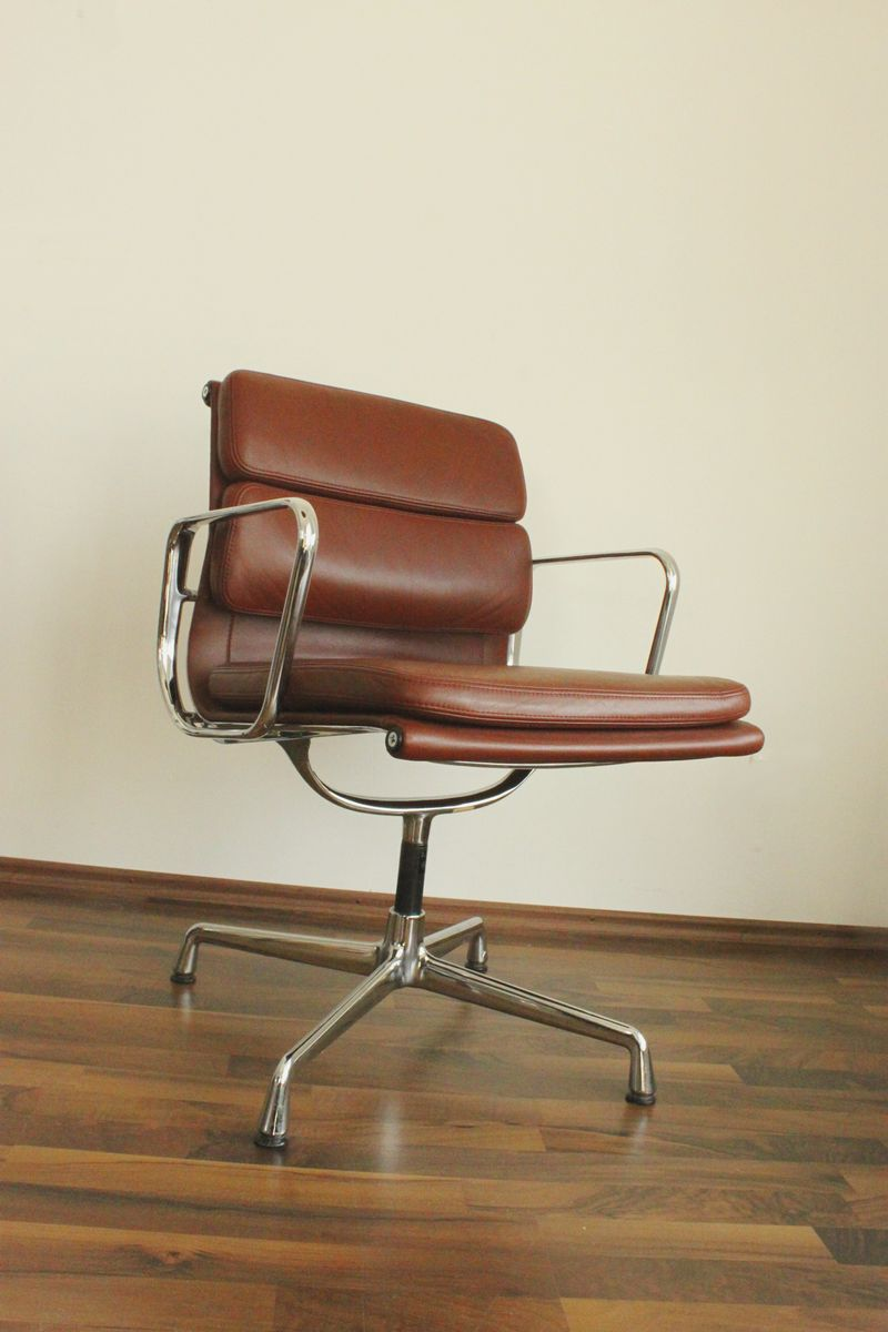 Ea 208 alu chair by charles ray eames for vitra for sale for Eames alu chair nachbau