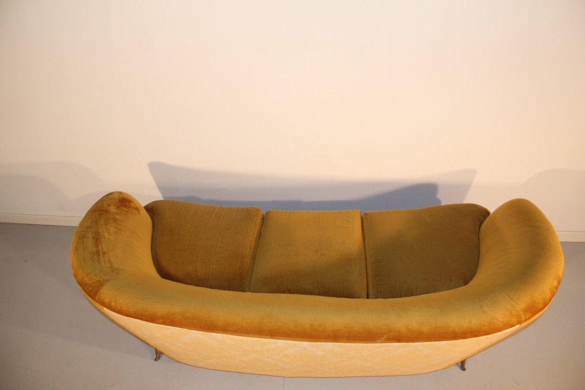 canap jaune de isa bergamo italie 1950 en vente sur pamono. Black Bedroom Furniture Sets. Home Design Ideas