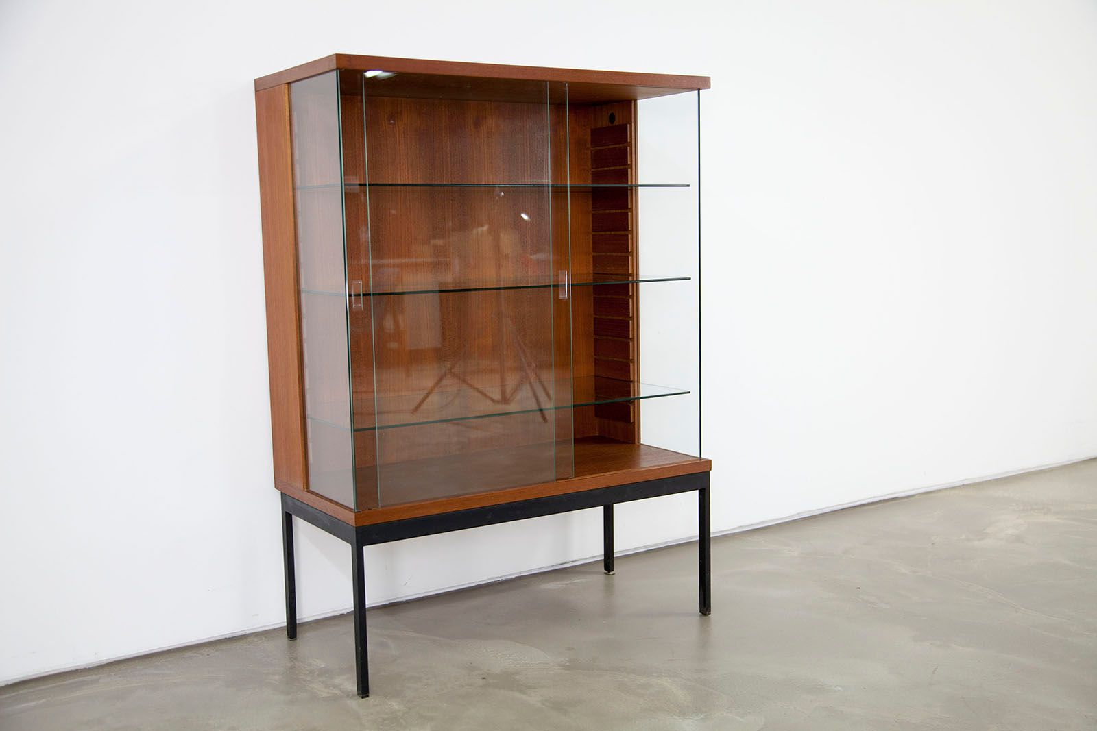 mid century teak cabinet by dieter w ckerlin for behr. Black Bedroom Furniture Sets. Home Design Ideas