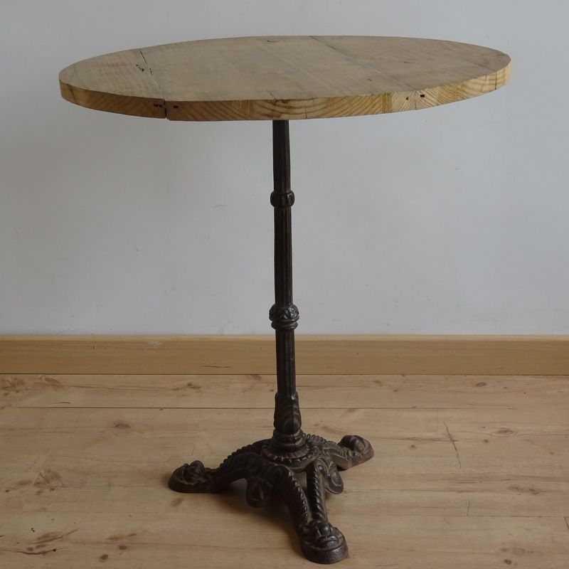 Vintage wrought iron and pine side table for sale at pamono for Wrought iron side table