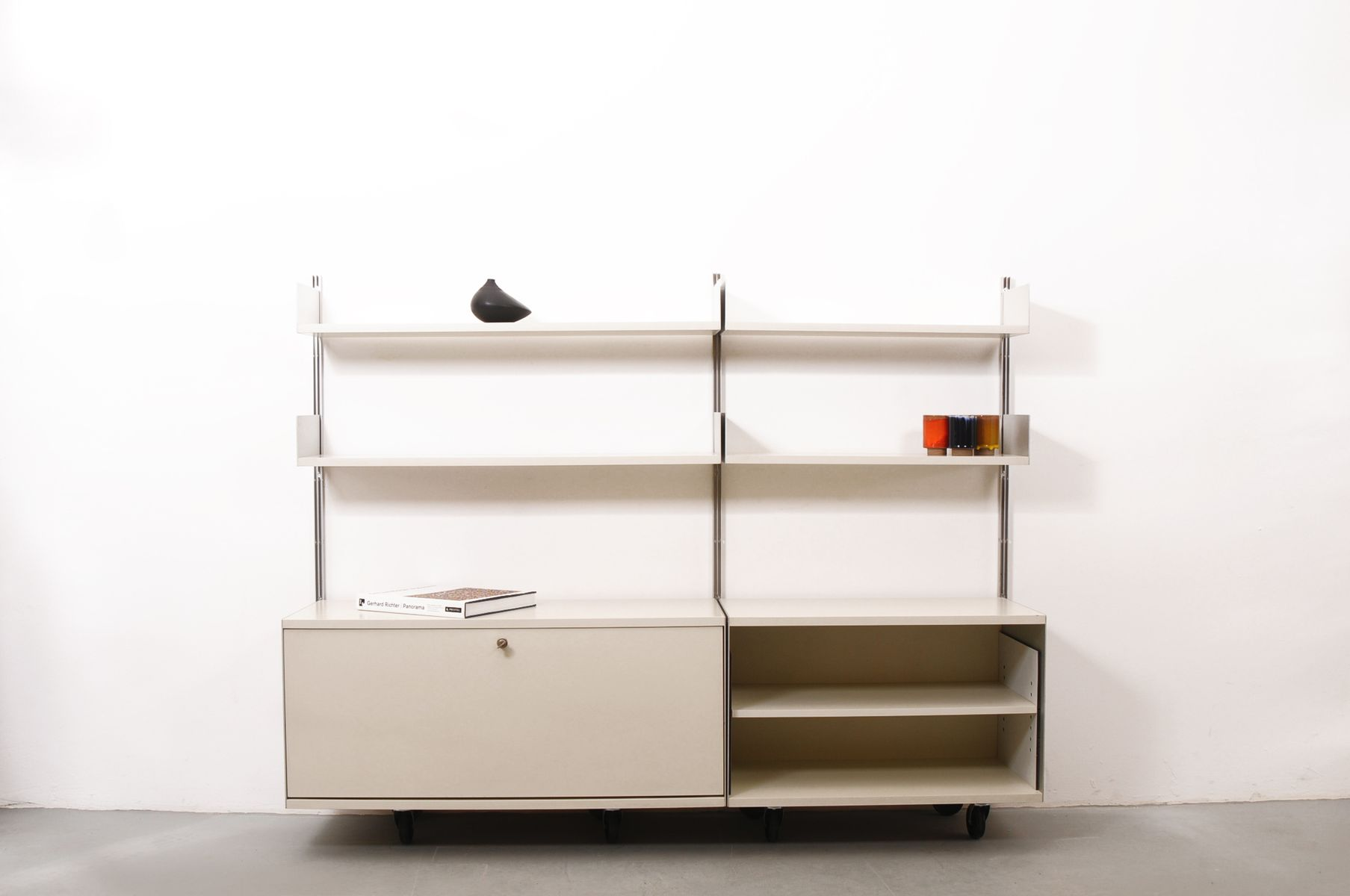 regalsystem 606 von dieter rams f r vitsoe bei pamono kaufen. Black Bedroom Furniture Sets. Home Design Ideas