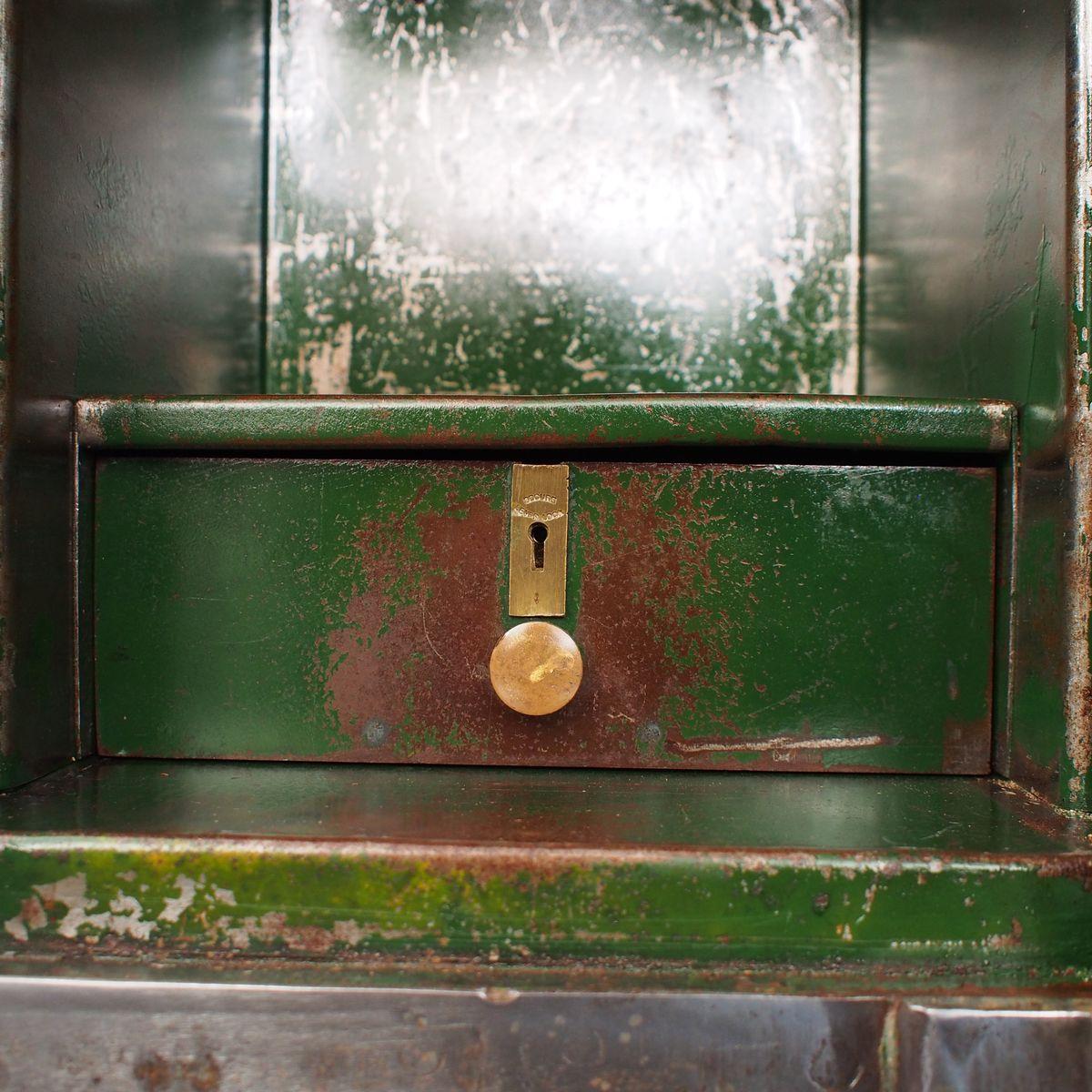 coffre fort en acier angleterre 1930s en vente sur pamono