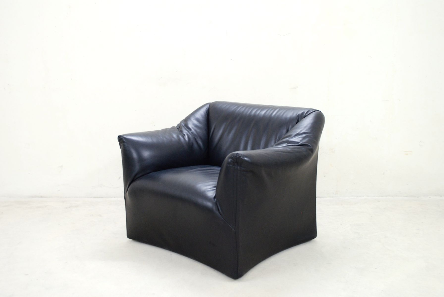 Tentazione Leather Armchair by Mario Bellini for Cassina 1973 for