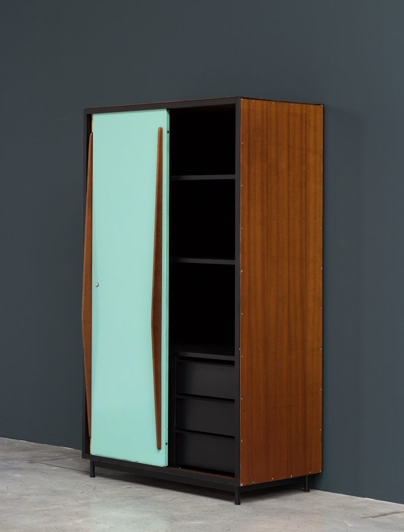 kleiderschrank von willy van der meeren f r tubax bei pamono kaufen. Black Bedroom Furniture Sets. Home Design Ideas