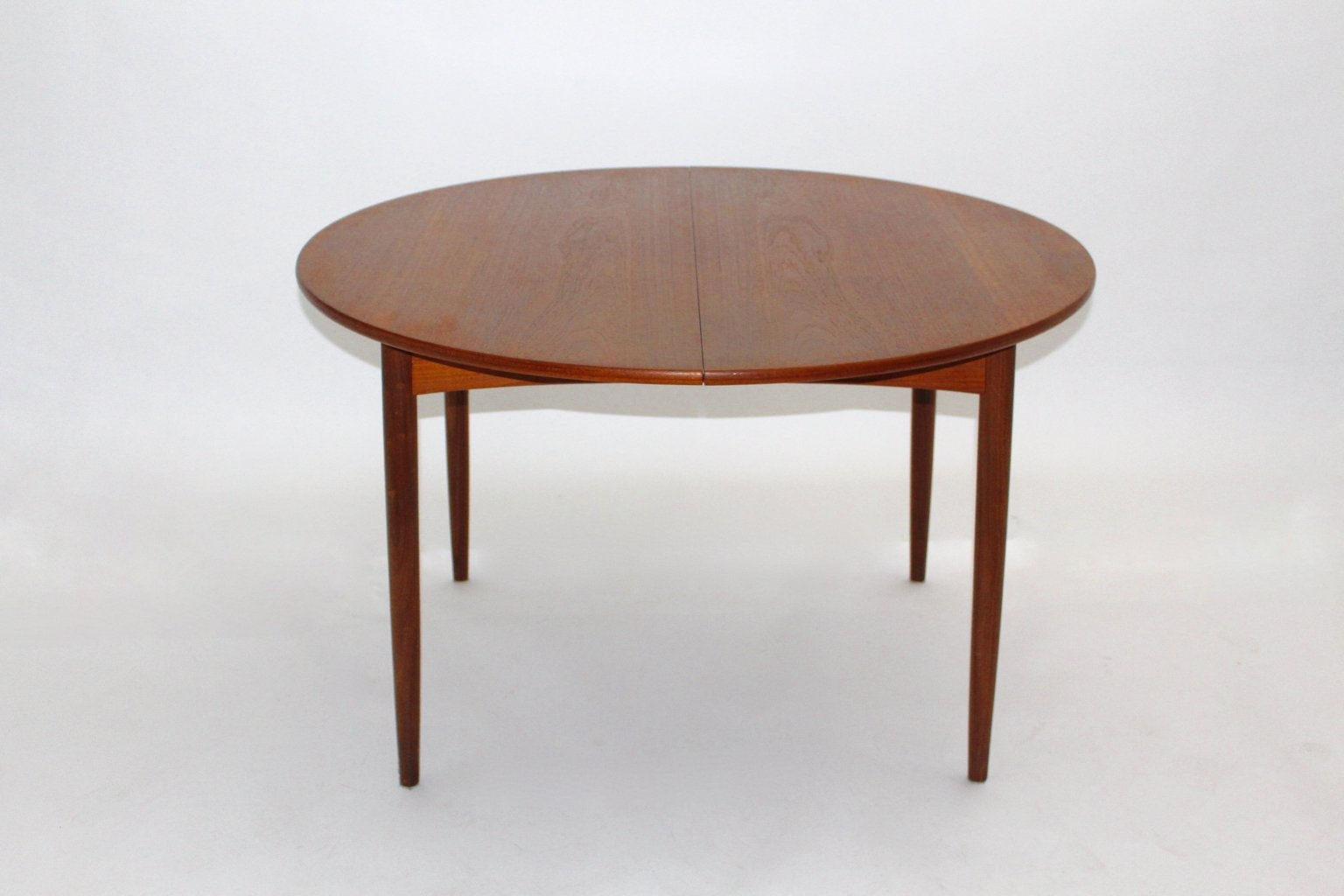 danish round extendable teak dining table 1960s for sale at pamono
