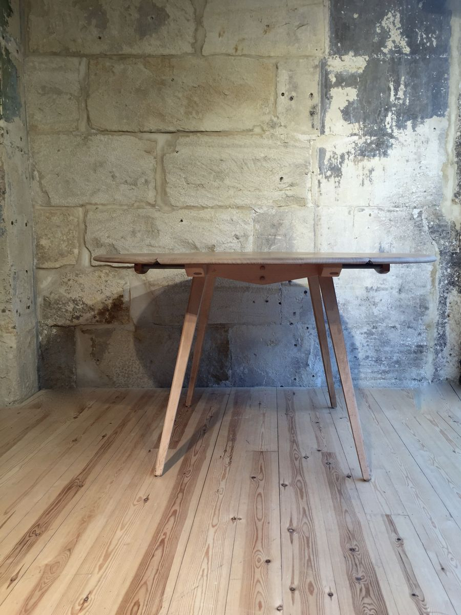 Oval Elm Windsor Dining Table By Lucian Ercolani For Ercol