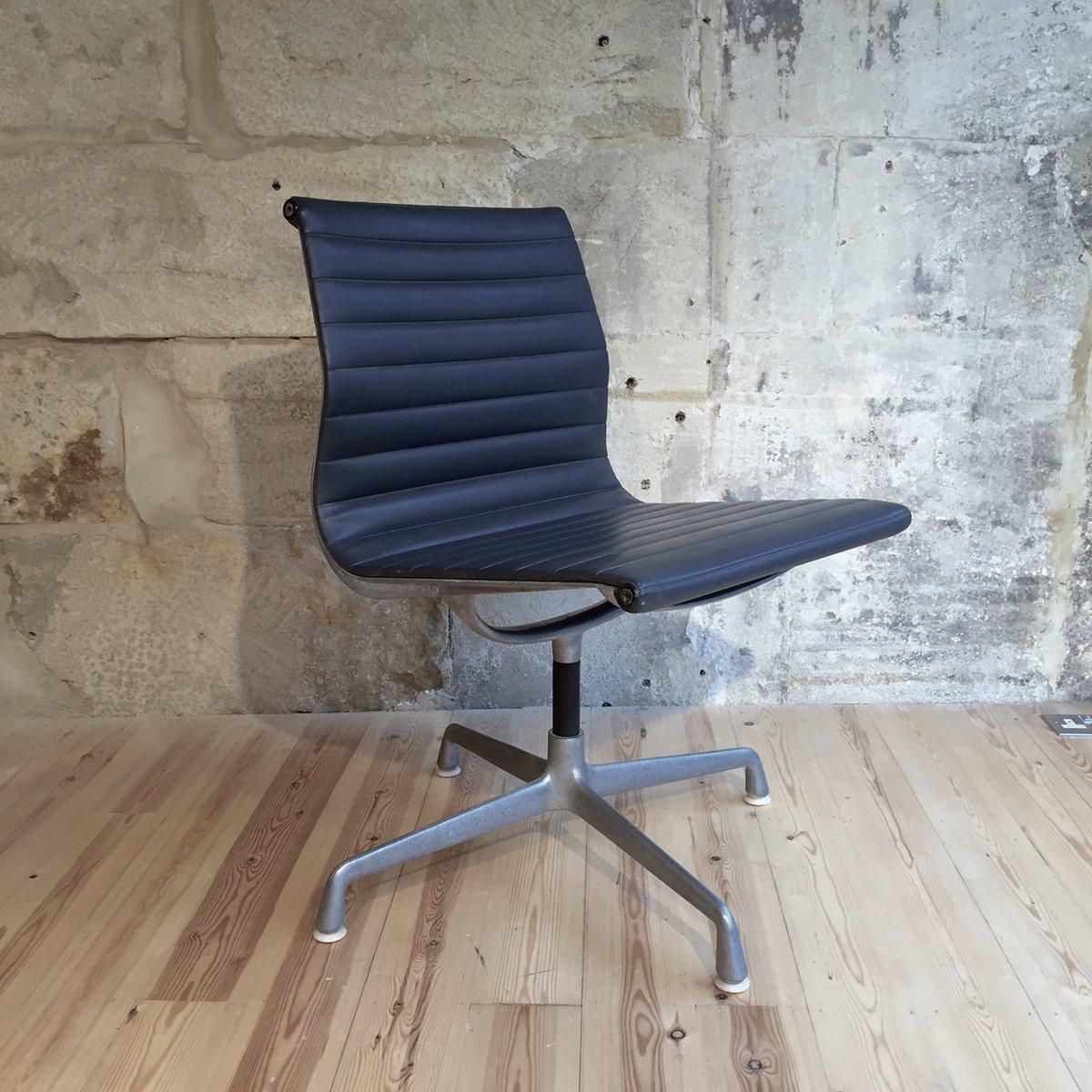Perfekt Schreibtischstuhl Ea108 Aluminum Schreibtischstuhl Von Herman Miller F R  For Eames Chair Schreibtischstuhl .