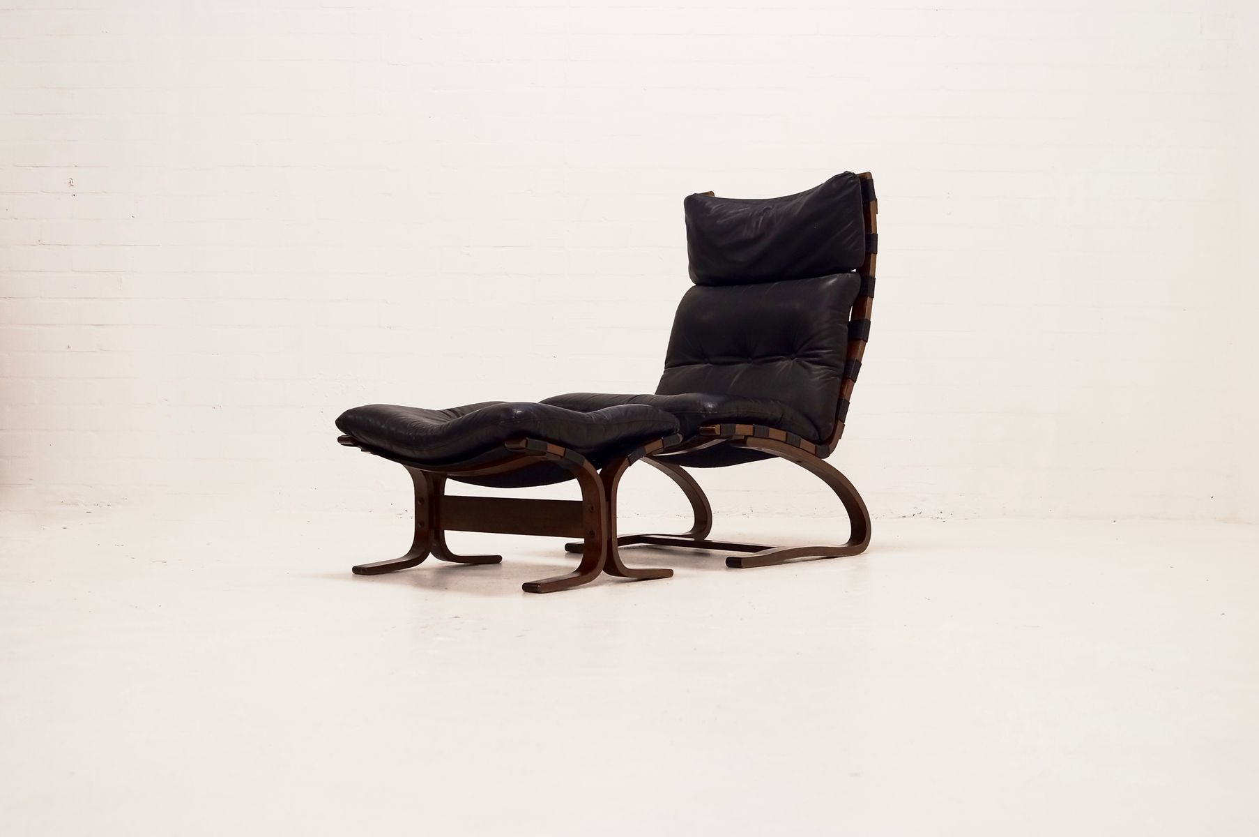 lounge stuhl ottoman set von ingmar relling f r westnofa 1960er bei pamono kaufen. Black Bedroom Furniture Sets. Home Design Ideas