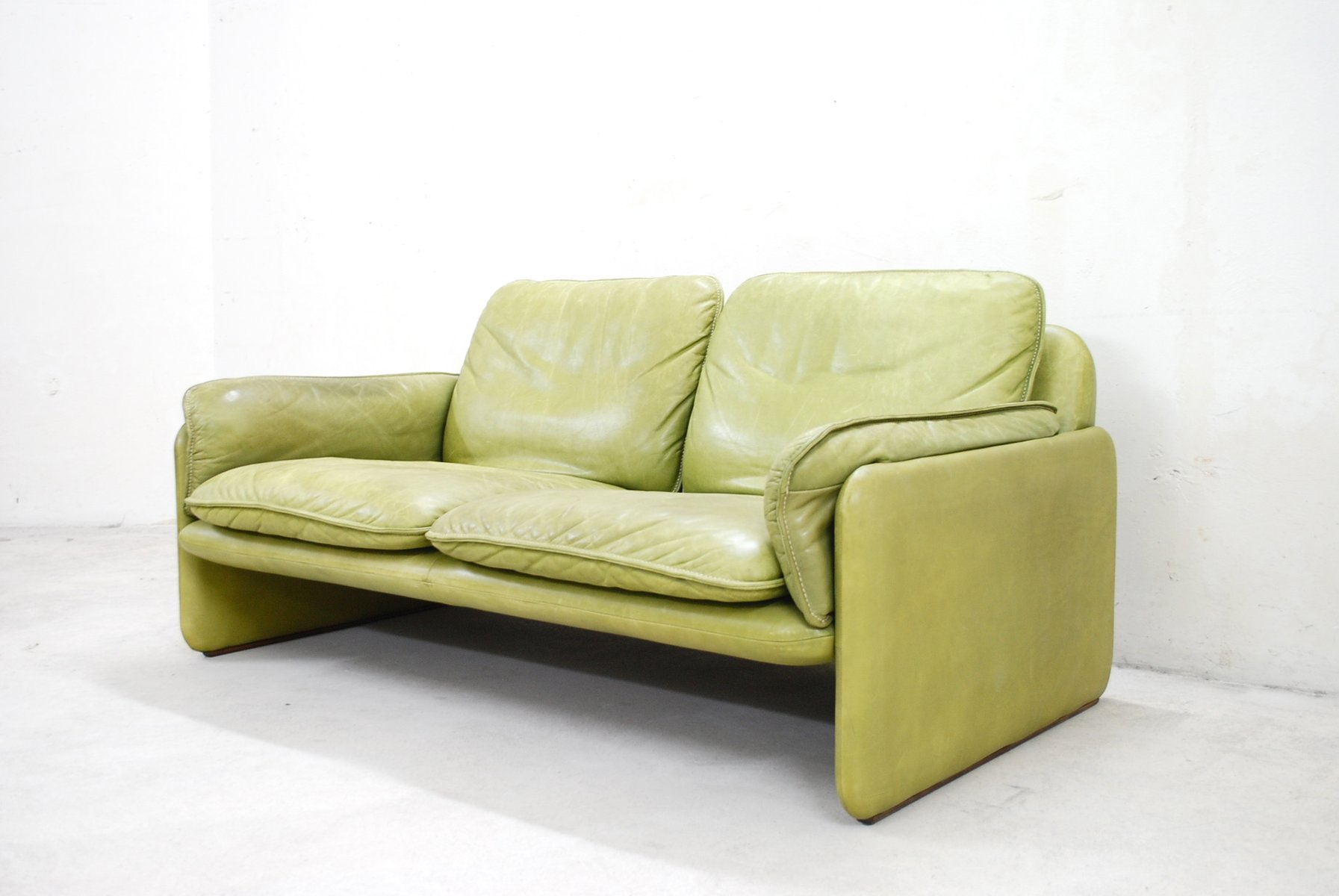 Vintage Ds 61 Lime Green Leather Sofa By De Sede For Sale At Pamono