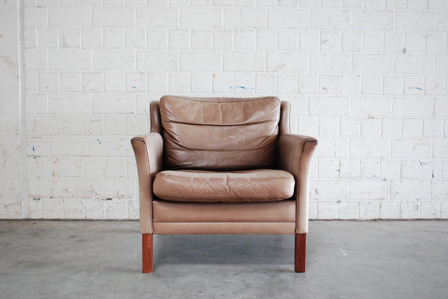 d nischer lounge stuhl aus leder buchenholz bei pamono. Black Bedroom Furniture Sets. Home Design Ideas