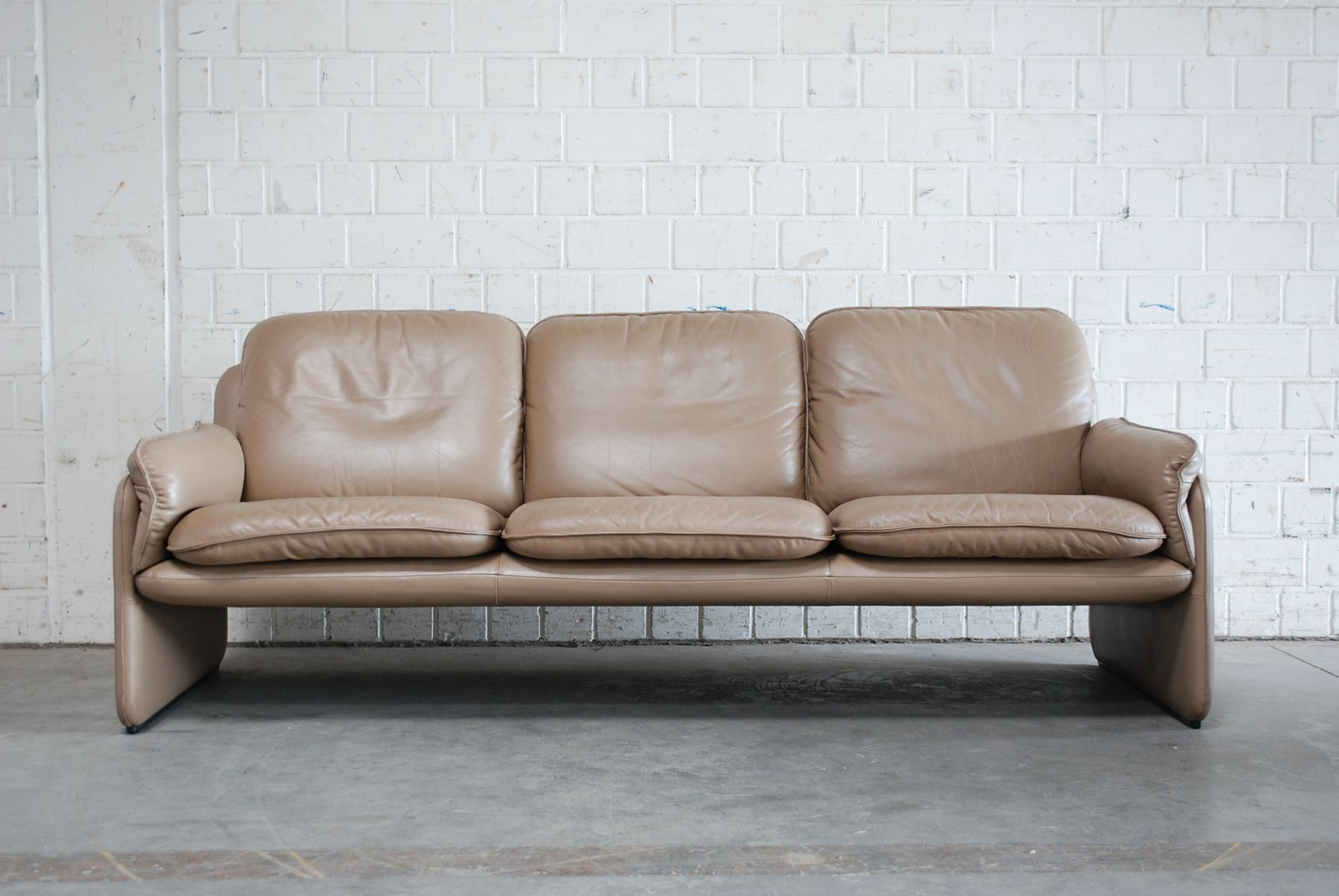 Vintage DS 61 Leather Sofa And Lounge Chair From De Sede