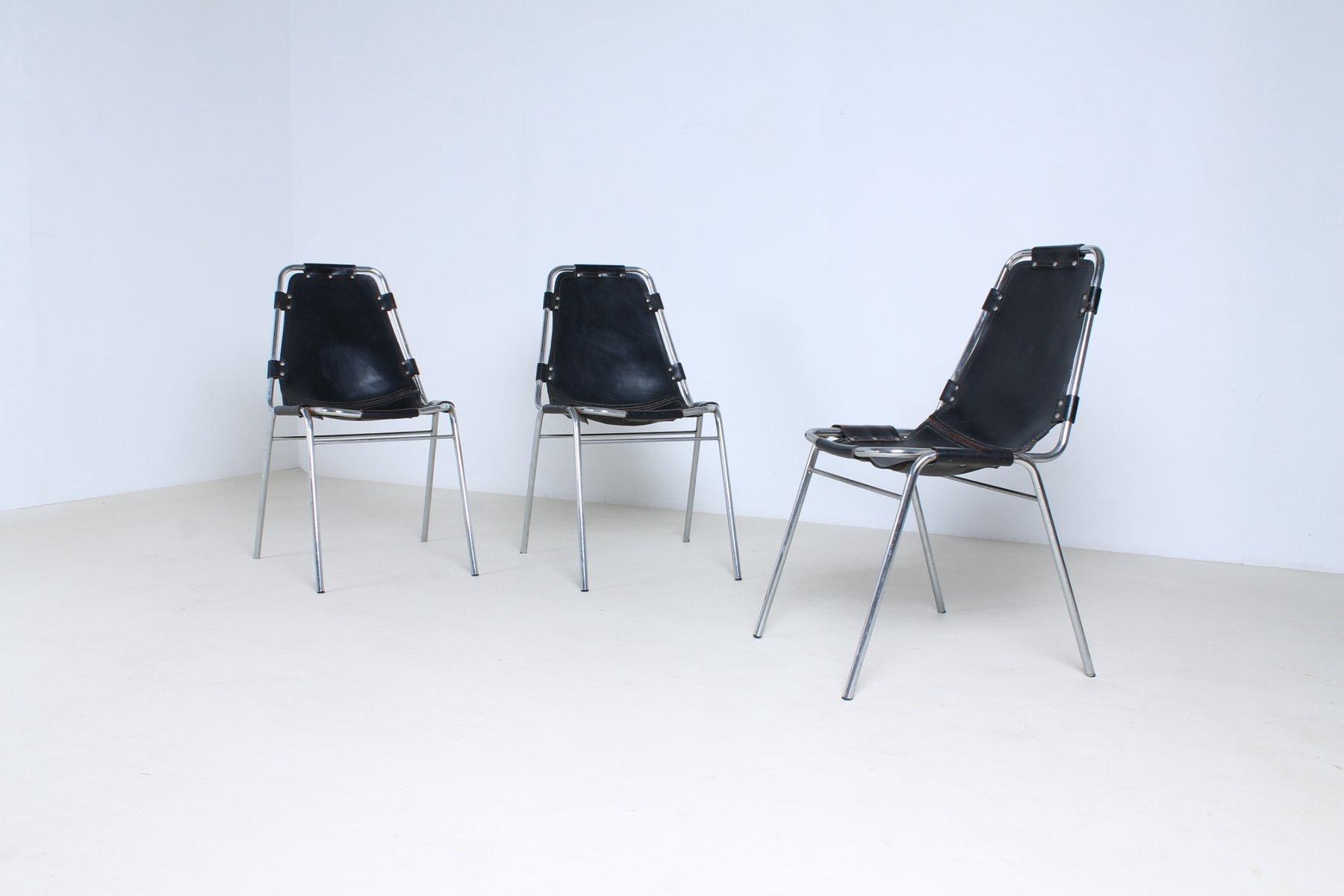 chaises les arcs en cuir par charlotte perriand set de 3 en vente sur pamono. Black Bedroom Furniture Sets. Home Design Ideas