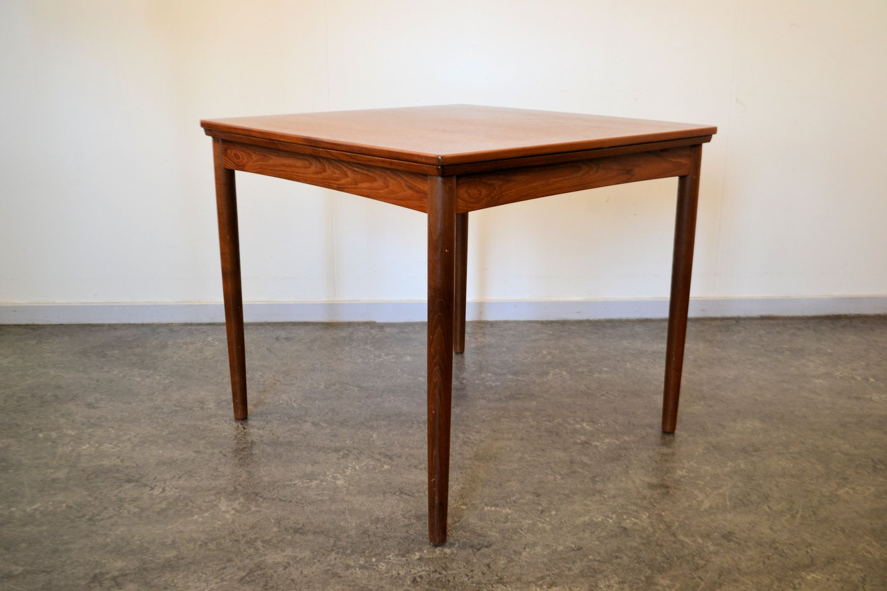 Exceptional Vintage Danish Extendable Teak Dining Table By Poul Hundevad