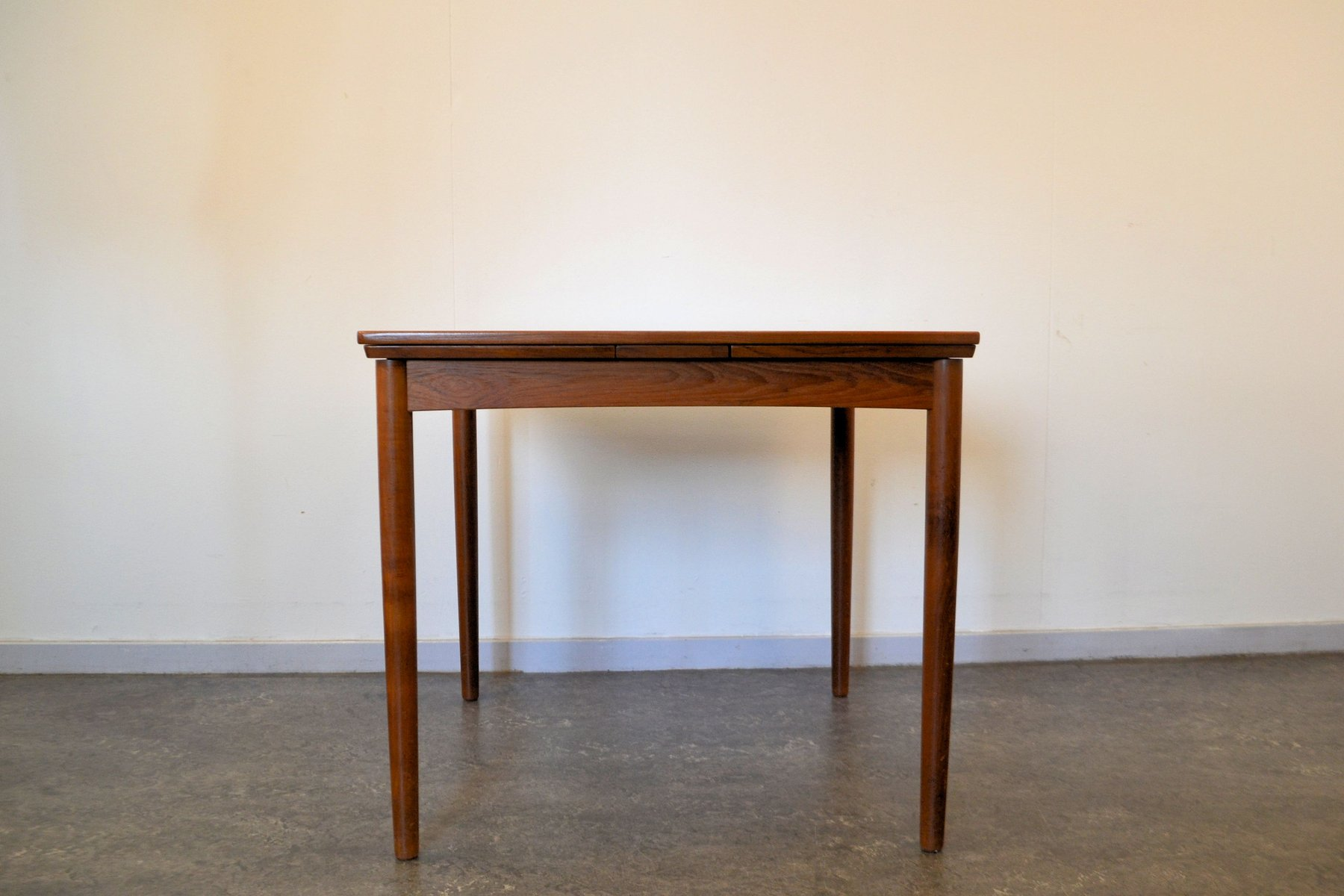 Teak extension dining table in excellent condition very clean and - Vintage Danish Extendable Teak Dining Table By Poul Hundevad