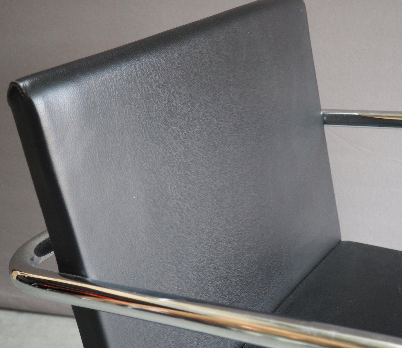 chrom leder brno stuhl von mies van der rohe f r knoll 1930er bei. Black Bedroom Furniture Sets. Home Design Ideas