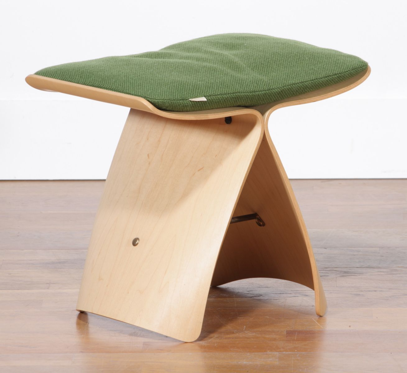 Butterfly chair sori yanagi - Maple Butterfly Stool By Sori Yanagi For Tendo Mokko Japan 1980s For Sale At Pamono