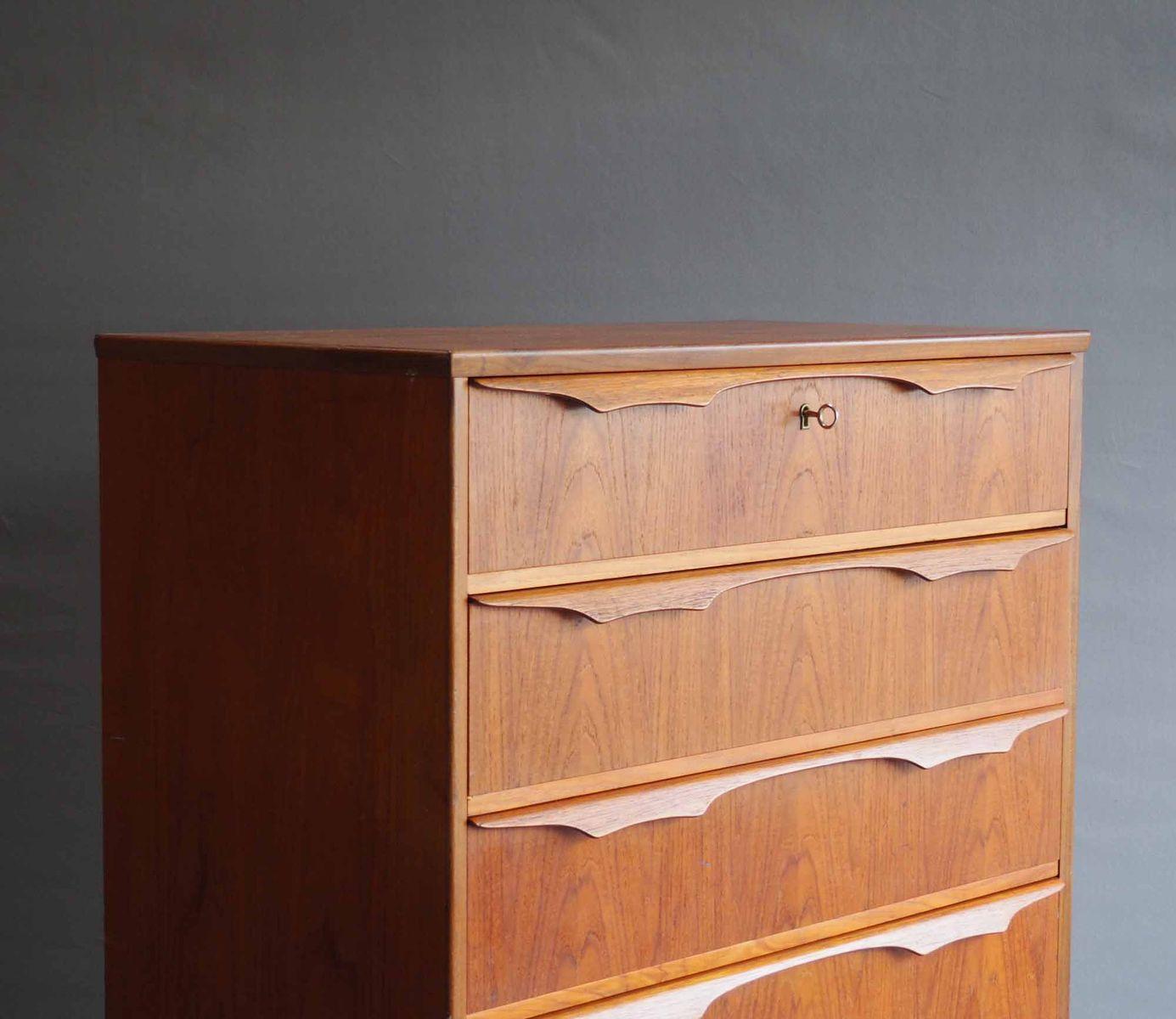 hohe d nische kommode aus teakholz 1960er bei pamono kaufen. Black Bedroom Furniture Sets. Home Design Ideas
