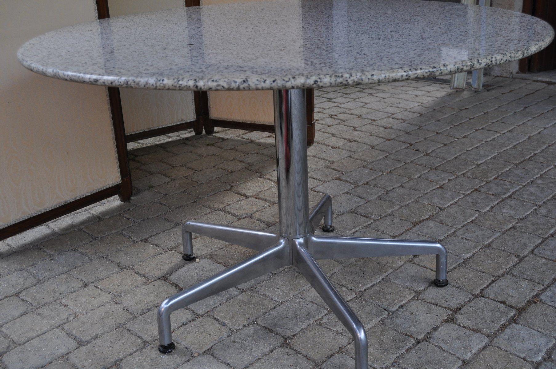 table ronde de salle manger vintage en granite en vente. Black Bedroom Furniture Sets. Home Design Ideas