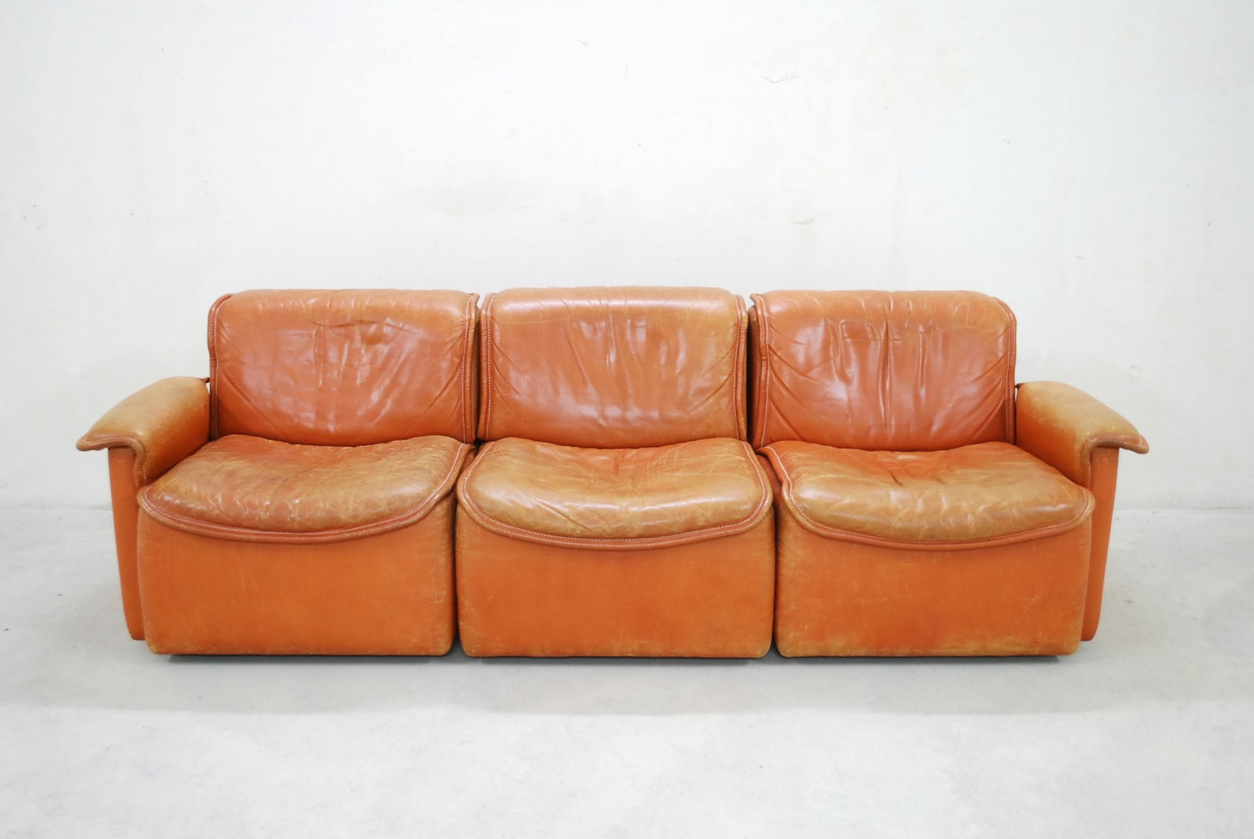 ds 12 modular cognac leather sofa from de sede 1980 for sale at pamono. Black Bedroom Furniture Sets. Home Design Ideas