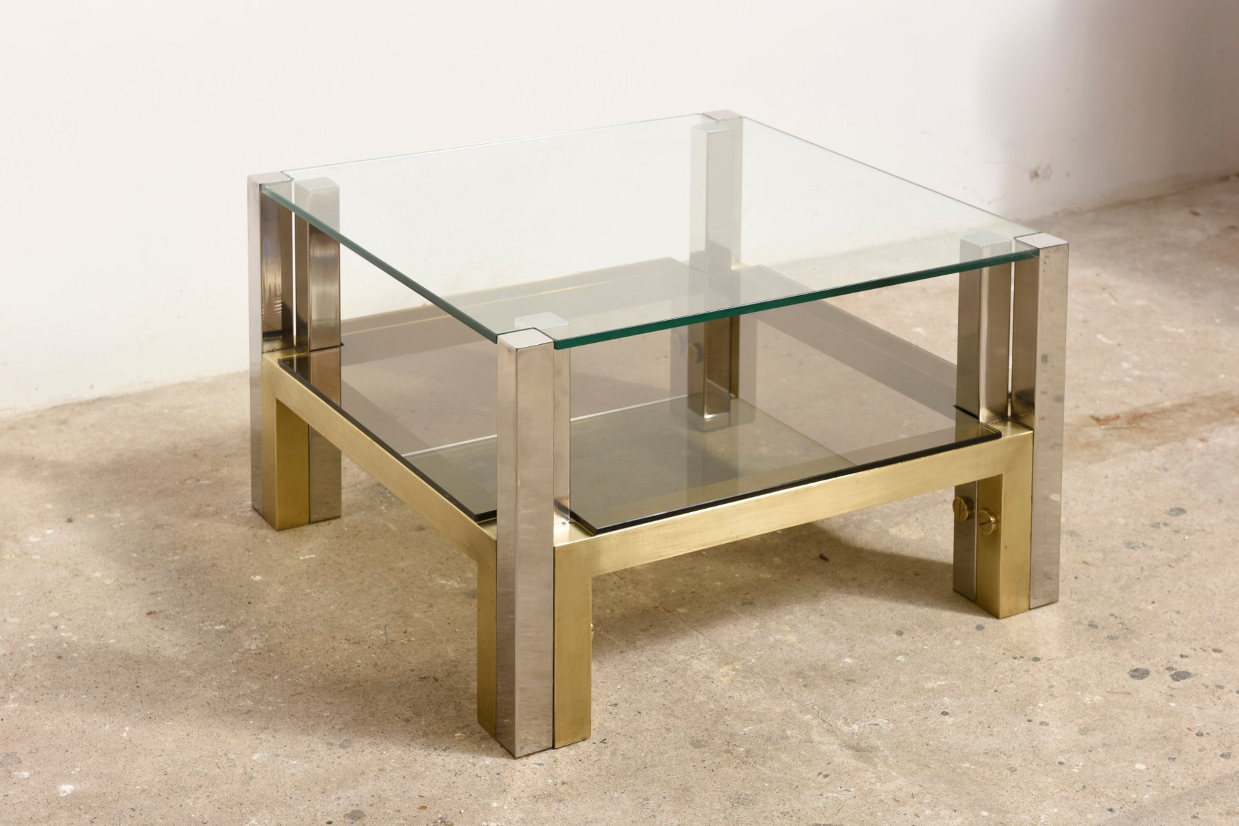 Table basse etag e en laiton et verre par willy rizzo for Table willy rizzo