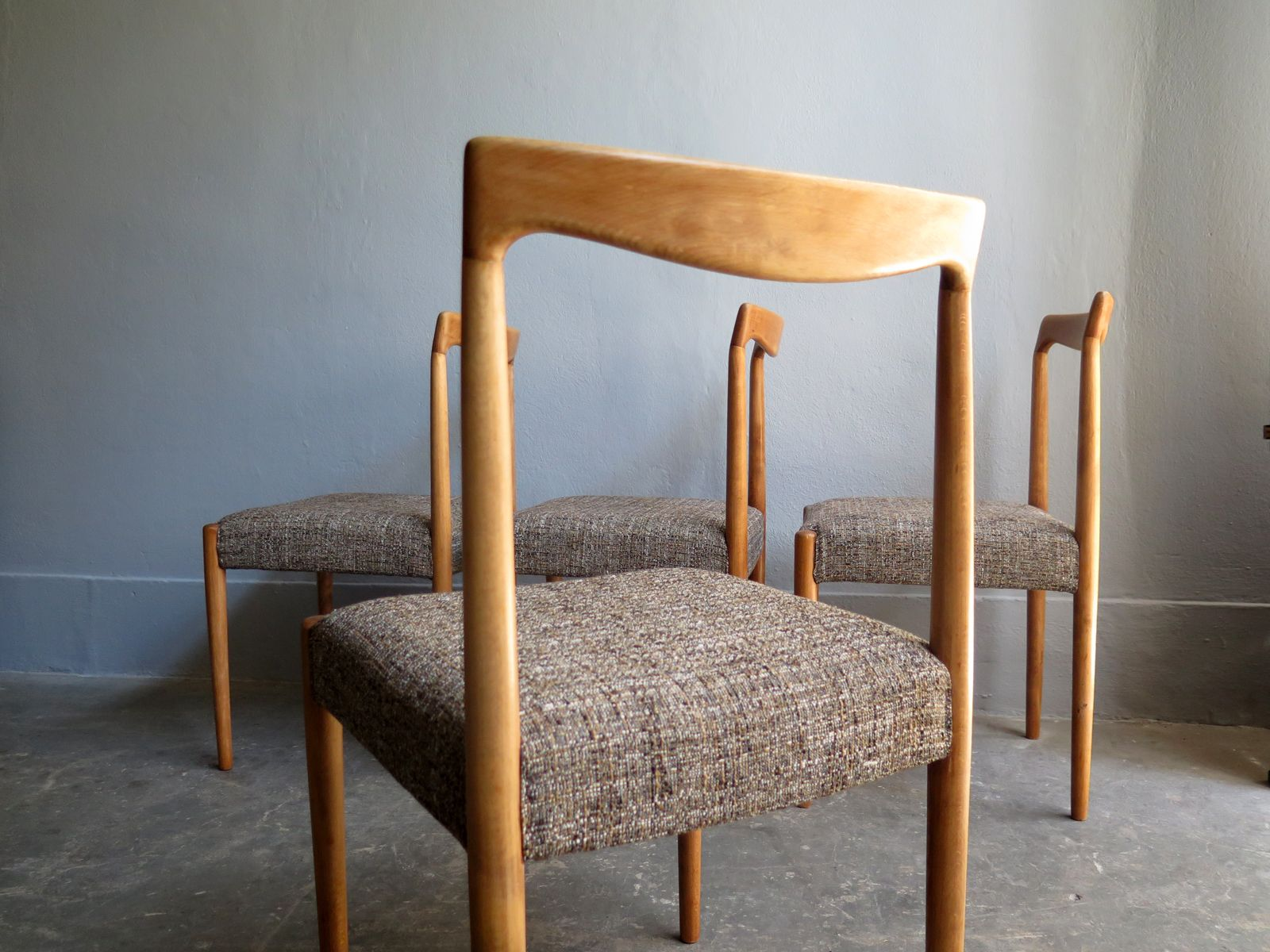 Danish Oak Dining Chairs 1960s Set of 4 for sale at Pamono