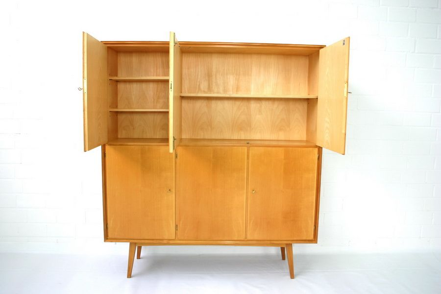 mid century geschirrschrank aus ulmenholz von wk m bel 1970er bei pamono kaufen. Black Bedroom Furniture Sets. Home Design Ideas