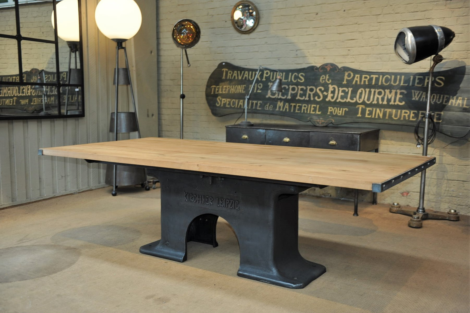 Table de salle manger industrielle en fer forg ch ne for Solde table salle a manger