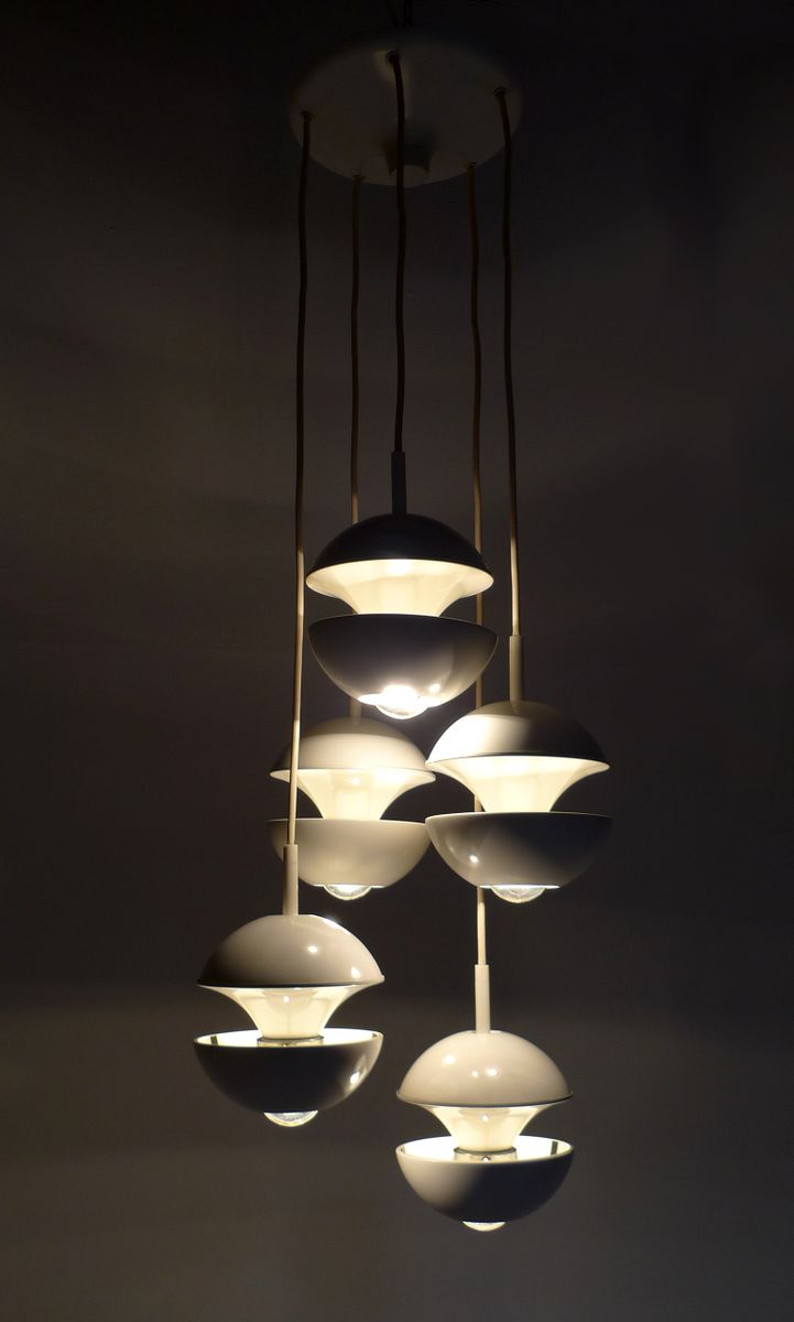 wei e deutsche kaskaden lampe von kaiser leuchten 1960er bei pamono kaufen. Black Bedroom Furniture Sets. Home Design Ideas