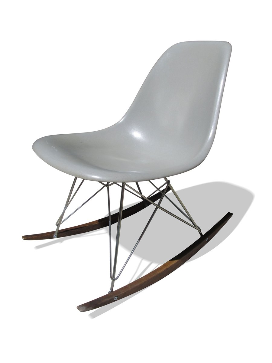 grey rocking chair by charles ray eames for herman. Black Bedroom Furniture Sets. Home Design Ideas