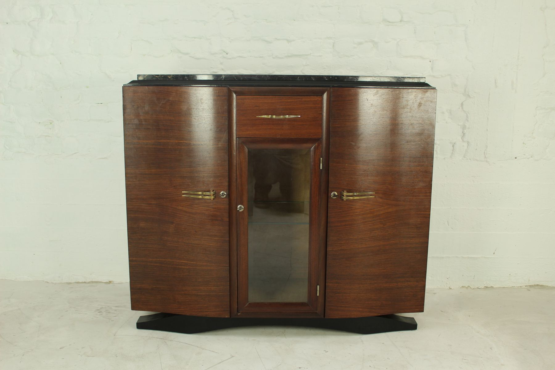 art deco french rosewood buffet 1925 for sale at pamono. Black Bedroom Furniture Sets. Home Design Ideas