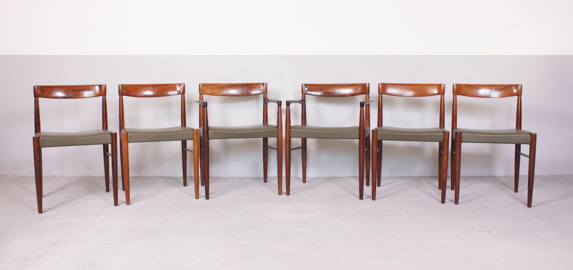 Set de table de salle manger et chaises par h w klein for Table de salle a manger et chaises