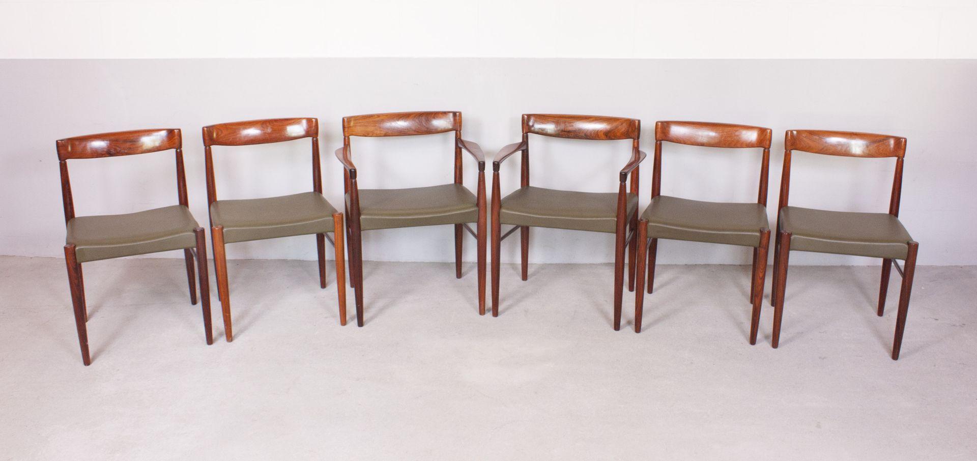 Set de table de salle manger et chaises par h w klein for Ensemble de table a manger