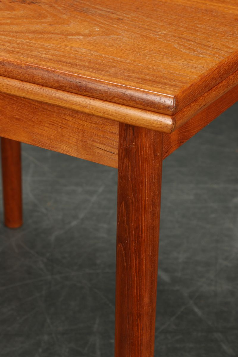 quadratischer d nischer esstisch aus teakholz 1950er bei. Black Bedroom Furniture Sets. Home Design Ideas