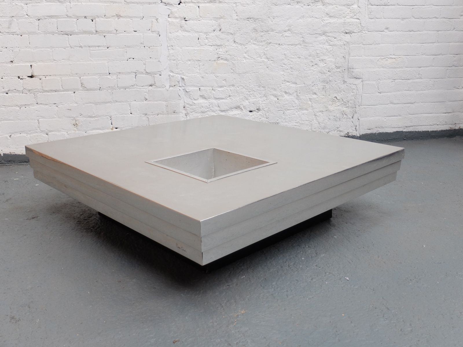 French coffee table with graduated steel top by pierre for Table willy rizzo