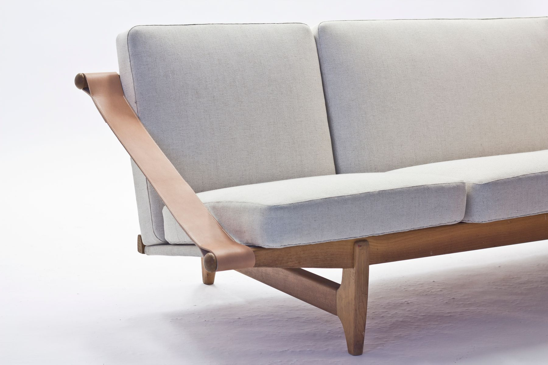 skandinavisches safari stil sofa 1950er bei pamono kaufen. Black Bedroom Furniture Sets. Home Design Ideas