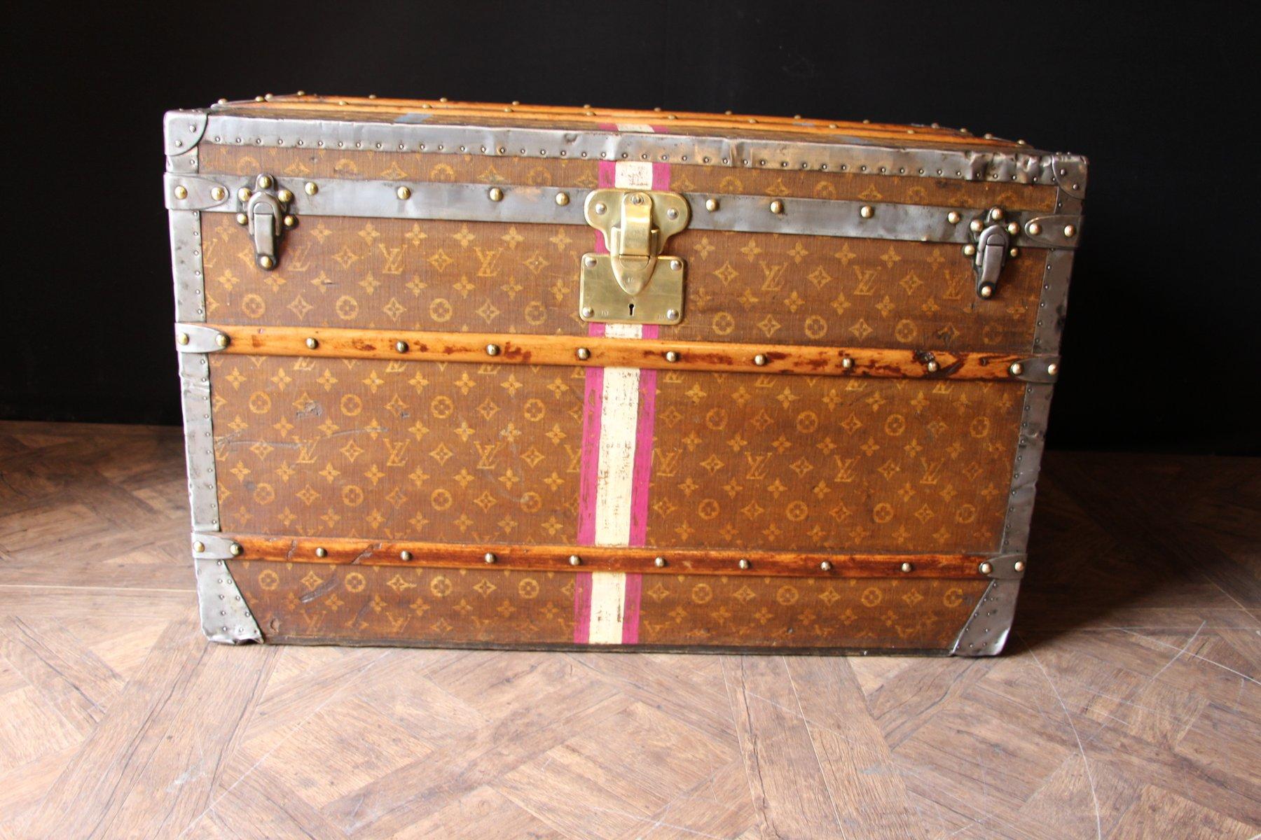 franz sischer reisekoffer mit lv monogramm von louis vuitton 1890er bei pamono kaufen. Black Bedroom Furniture Sets. Home Design Ideas