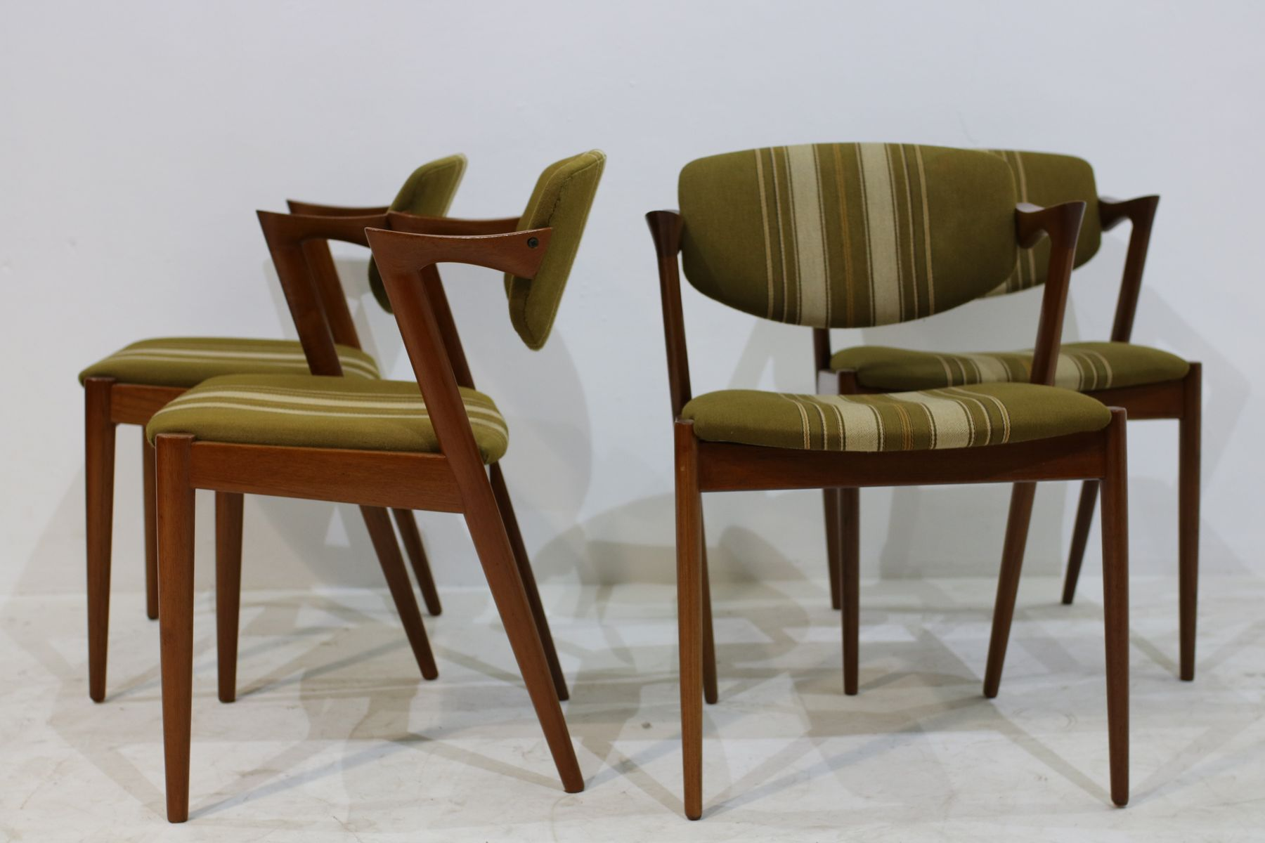 Vintage model 42 chairs by kai kristiansen set of 4 for sale at pamono - Kai kristiansen chairs ...