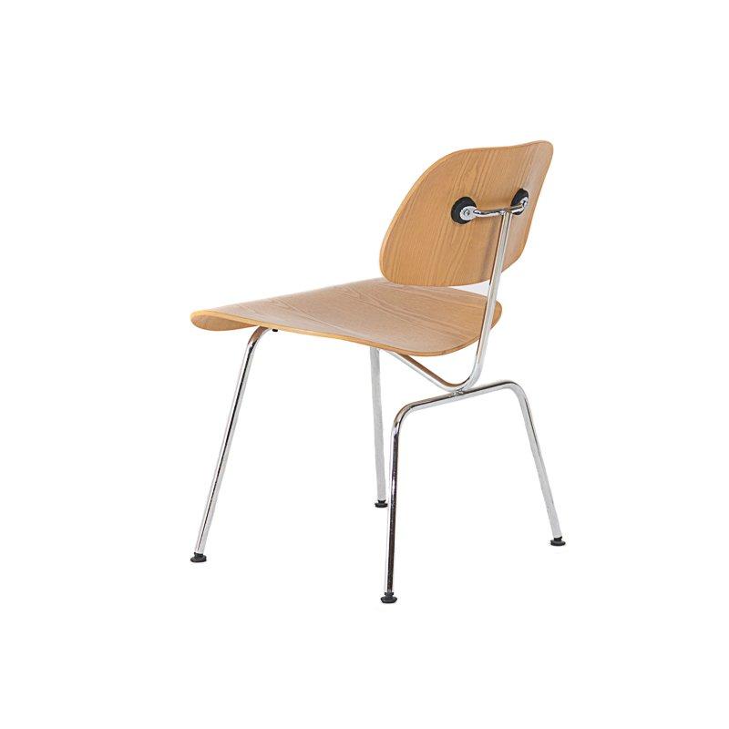 Simple sedie charles eames best sedie elefante dsw grigie for Sedie ufficio design outlet