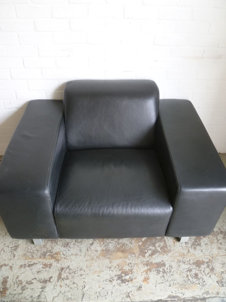 Leather Lounge Chair 1980s for sale at Pamono