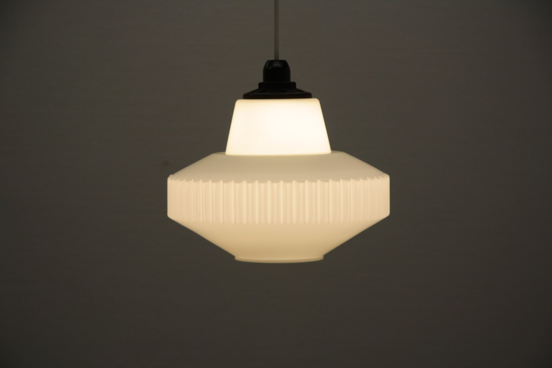 Lampe suspension vintage en verre givr blanc de philips en vente sur pamono - Lampe suspension vintage ...