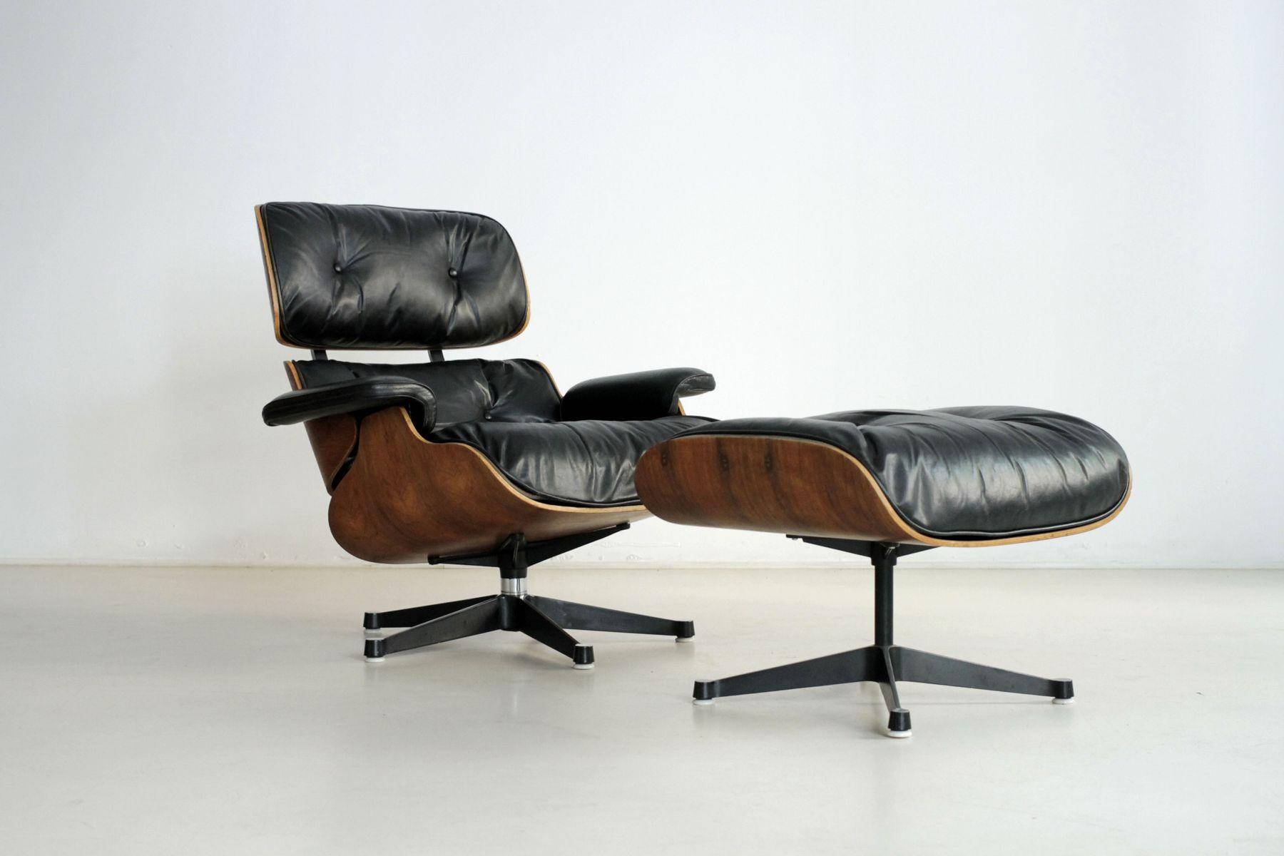 vintage drehsessel mit hocker von charles ray eames f r. Black Bedroom Furniture Sets. Home Design Ideas