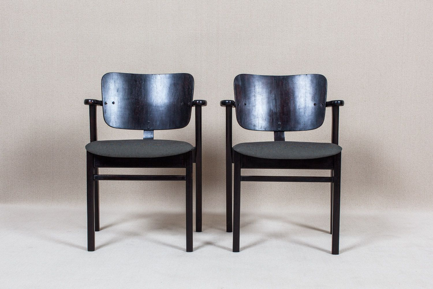 domus chair by ilmari tapiovaara for artek for sale at pamono. Black Bedroom Furniture Sets. Home Design Ideas