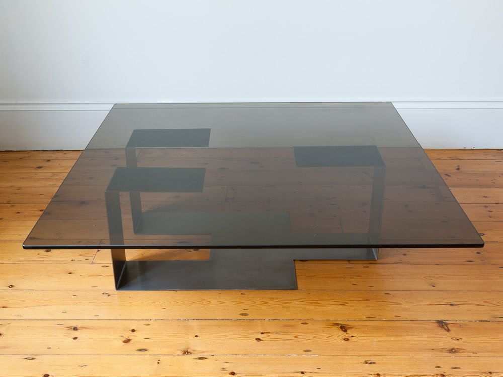 table basse en verre fum et acier italie 1970s en vente. Black Bedroom Furniture Sets. Home Design Ideas
