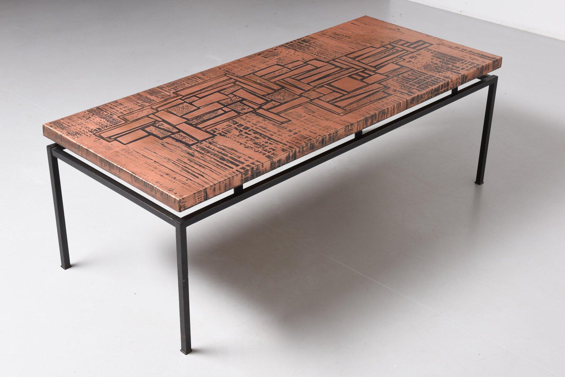 kupfer couchtisch mit ge tzter oberfl che 1960er bei. Black Bedroom Furniture Sets. Home Design Ideas